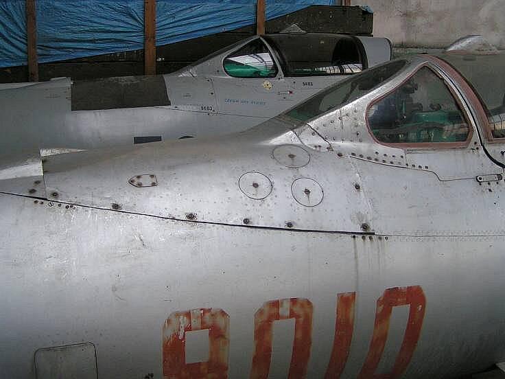 Dva z připravovaných exponátů českého a polského letectva