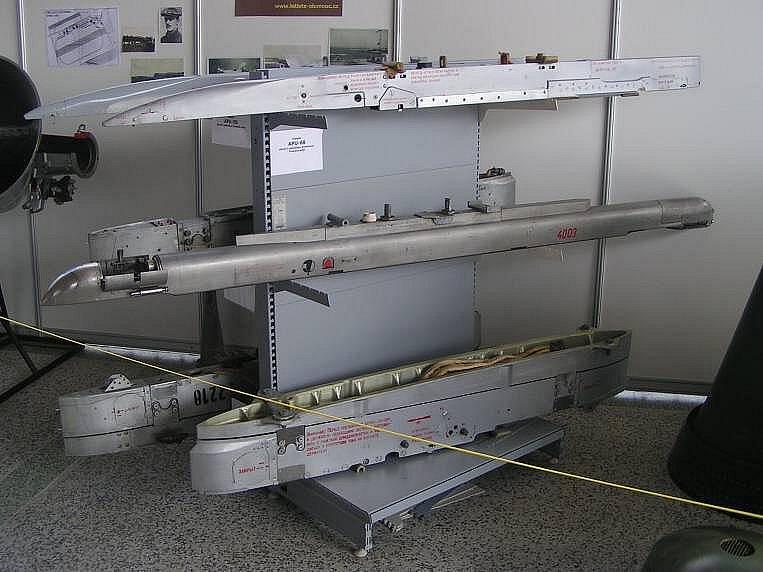 Ukázka leteckých zbraňových systémů