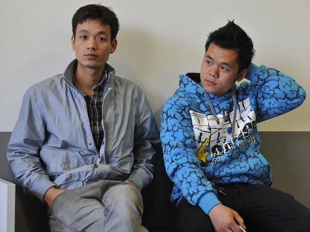 Minh Ho Van (vlevo) a Van Hoang Phan obžalovaní z krvavého útoku před olomouckou diskotékou Varna