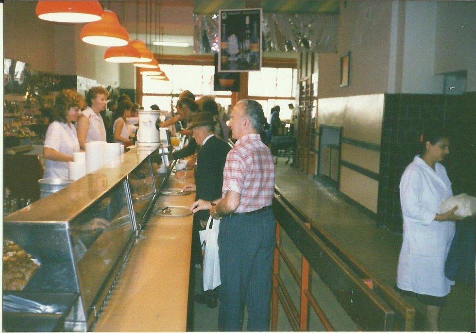 Bufet Centrum v roce1986