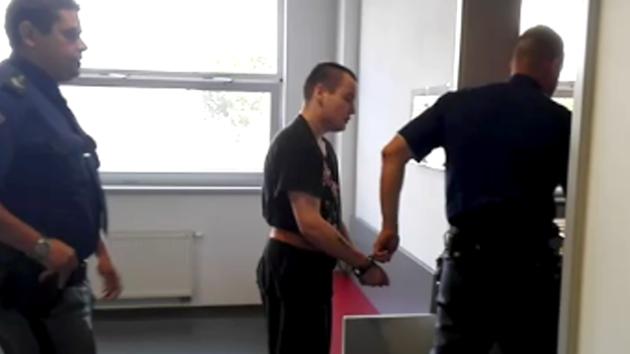 Petr Mikulka u soudu.