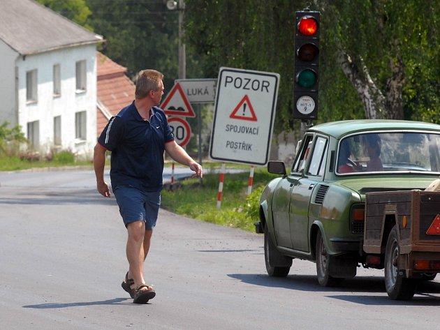 Řidiči se už těší, až bude otevřena nová silnice na Konici.
