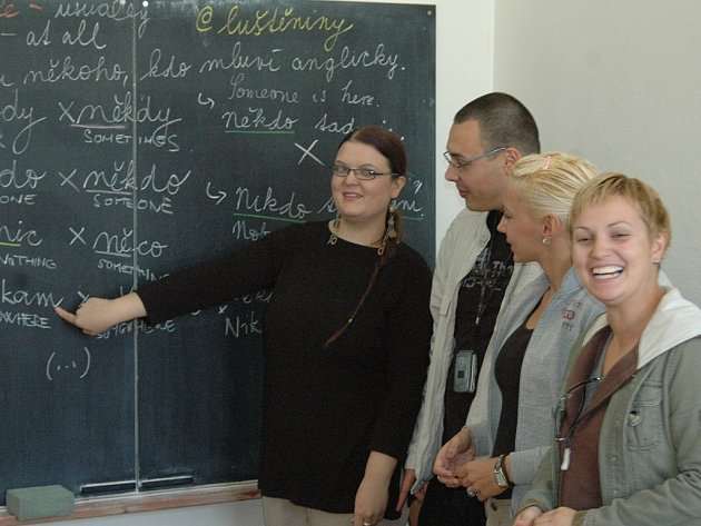 Bosenští studenti se nejdřív musí naučit česky.