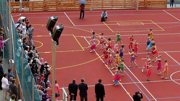 Otevření nového sportoviště u ZŠ na náměstí Svobody ve Šternberku