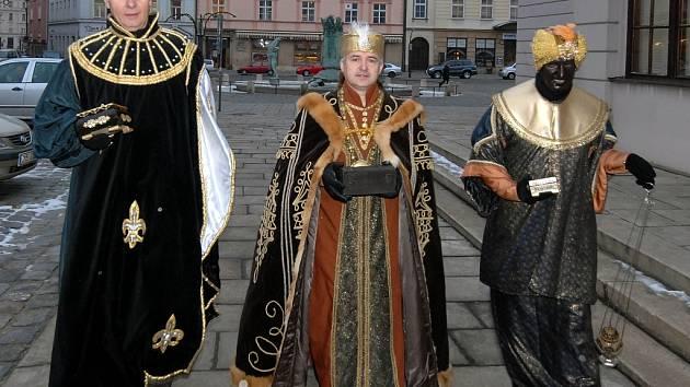 Králové vyrazili do ulic.