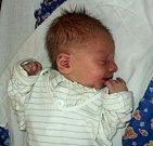 Benedikt Pikula, Olomouc, narozen 6. února, míra 48 cm, váha 2840 g