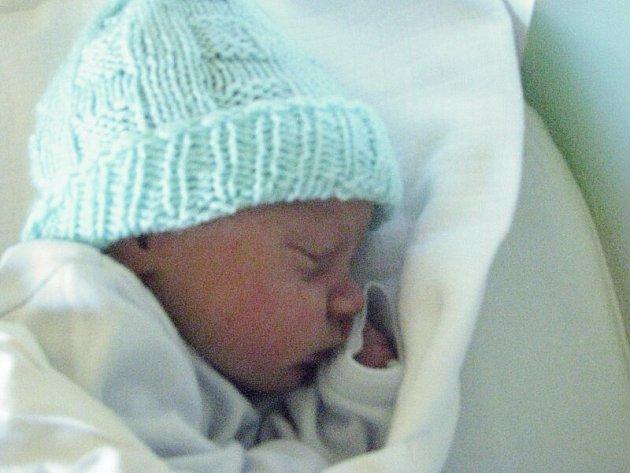 Oliver Frodl, Olomouc, narozen 21. června v Olomouci, míra 50 cm, váha 3150 g