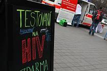 Mobilní laboratoř, kde anonymně vyšetří zájemce na virus HIV