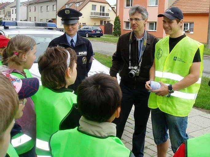 Akce jezdíme s úsměvem v Hněvotíně - Erik Janiš (vpravo)