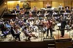 Moravská filharmonie zkouší skladbu Zdenka Merty