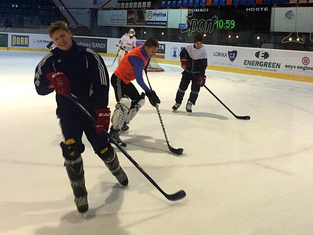 Fotbalisté Sigmy si v olomoucké plecharéně dali hokejový souboj