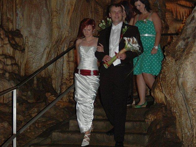Svatba ve velkém dómu javoříčských jeskyní