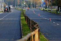 Velkomoravská ulice s novým asfaltem