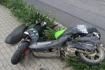 Tragická havárie skútru v Dlouhé Loučce
