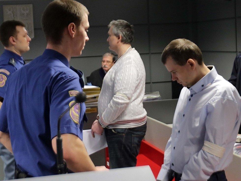 Soud s bratry Březinovými a Tomášem Pantlíkem v Olomouci - lihová aféra