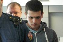 Tomáš Francl obžalovaný z dvojnásobné vraždy prarodičův  Tovačově u Krajského osudu v Olomouci