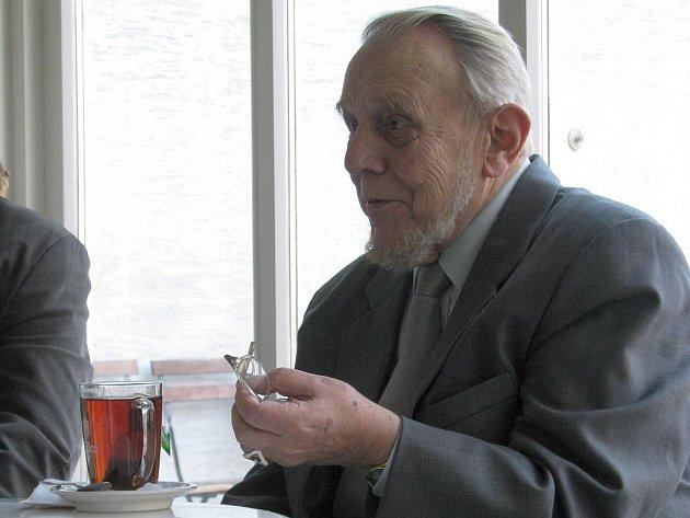 Erazim Kohák představil v Olomouci svou novou knihu