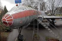 Letadlo a bar Tu-104 v Olomouci