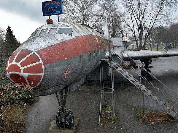 Letadlo a bar Tu-104vOlomouci
