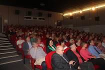 V rámci oslav sta let kina v Moravském Berouně přijel na besedu Zdeněk Troška, známý český režisér komedií a pohádek