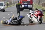 Nehoda motorkáře u Nákla