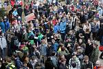 Protest studentů UP a středních škol na Žižkově náměstí v Olomouci