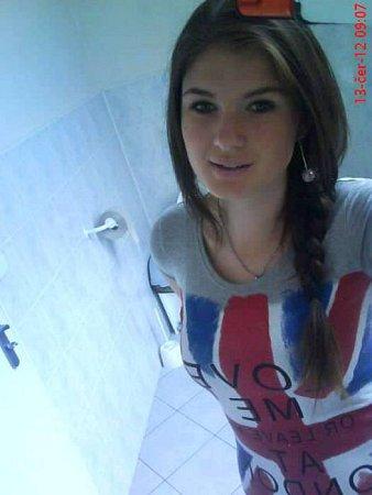 7) KRISTÝNA ZVEJŠKOVÁ, 16let, studentka, Cetkovice