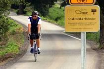 Cyklostezka mezi olomouckou částí Černovír a Hlušovicemi