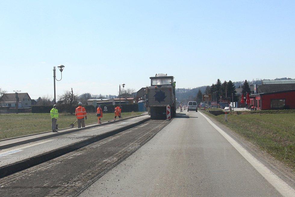 Dopravní omezení v Rapotíně.