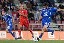 2007: Melinho posílá jednu ze svých kolmic.