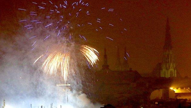 Novoroční ohňostroj v Olomouci. Ilustrační foto