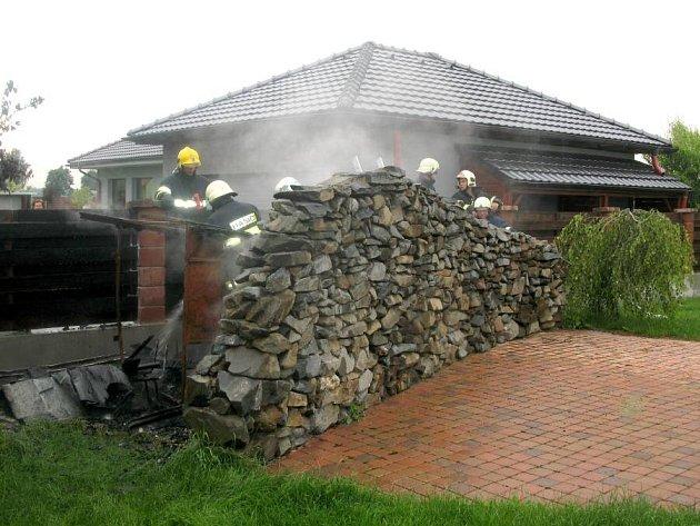 Požár bazénové filtrace v Hlušovicích