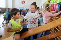 Projekt pro děti ze školek Svět nekončí za vrátky, cvičíme se zvířátky v olomoucké sokolovně