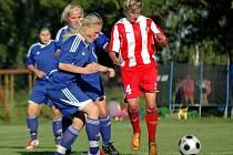 Turnaj žen O pohár primátora města Olomouce vyhrály fotbalistky Zbrojovky Brno. Pořádající tým 1. FC Olomouc (v modrém) obsadil druhé místo.