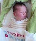 Bella Hejdová, Olomouc, narozena 17. dubna ve Šternberku, míra 48 cm, váha 3880 g