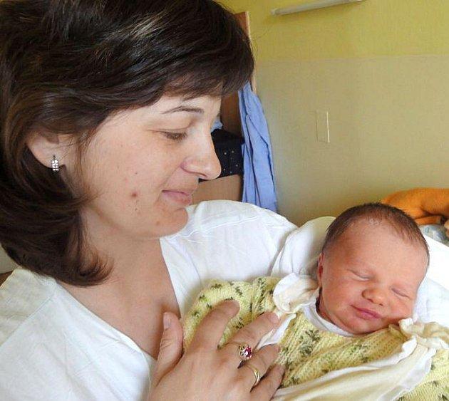 Pavel Malina, Majetín, narozen 4. dubna v Olomouci, míra 50 cm, váha 3260 g.