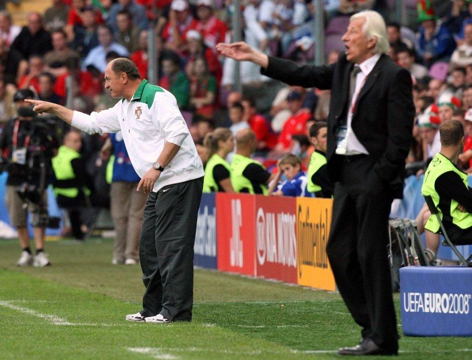 červen 2008. Portugalský kouč Luiz Felipe Scolari a Karel Brückner na ME v Ženěvě. Portugalsko - Česko 3:1