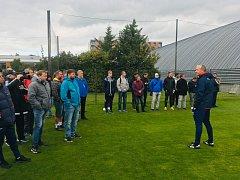 Trenéři besedovali s mládežnickými trenéry Sigmy Olomouc a regionální fotbalové akademie.