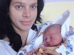 Zoja Hradilová, Olomouc, narozena 15. října v Olomouci, míra 52 cm, váha 3420 g.