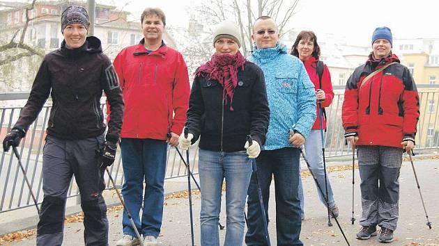 Nordic walking v podání účastníků Hubnutí s Deníkem