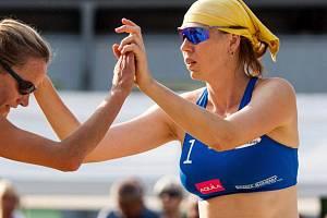Soňa Nováková (vpravo)