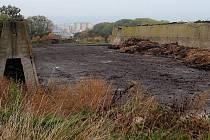 Obyvatelé městské  části Olomouc - Nedvězí si stěžují na zápach z hnojení čistírenskými kaly.