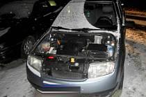 Z fabie zaparkované v Pionýrské ulici v Olomouci někdo ukradl kapotu