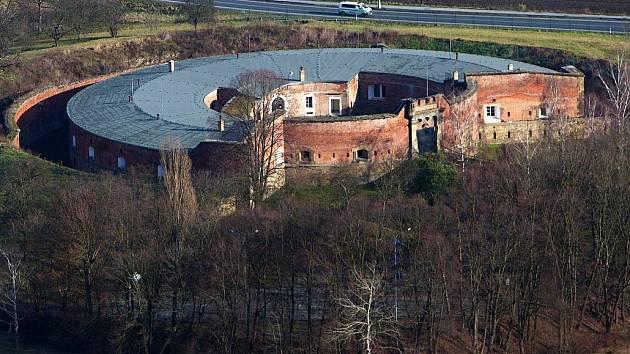 Fort v olomoucké části Chválkovice u výpadovky na Šternberk