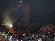 Vánoční strom ve Štětí.