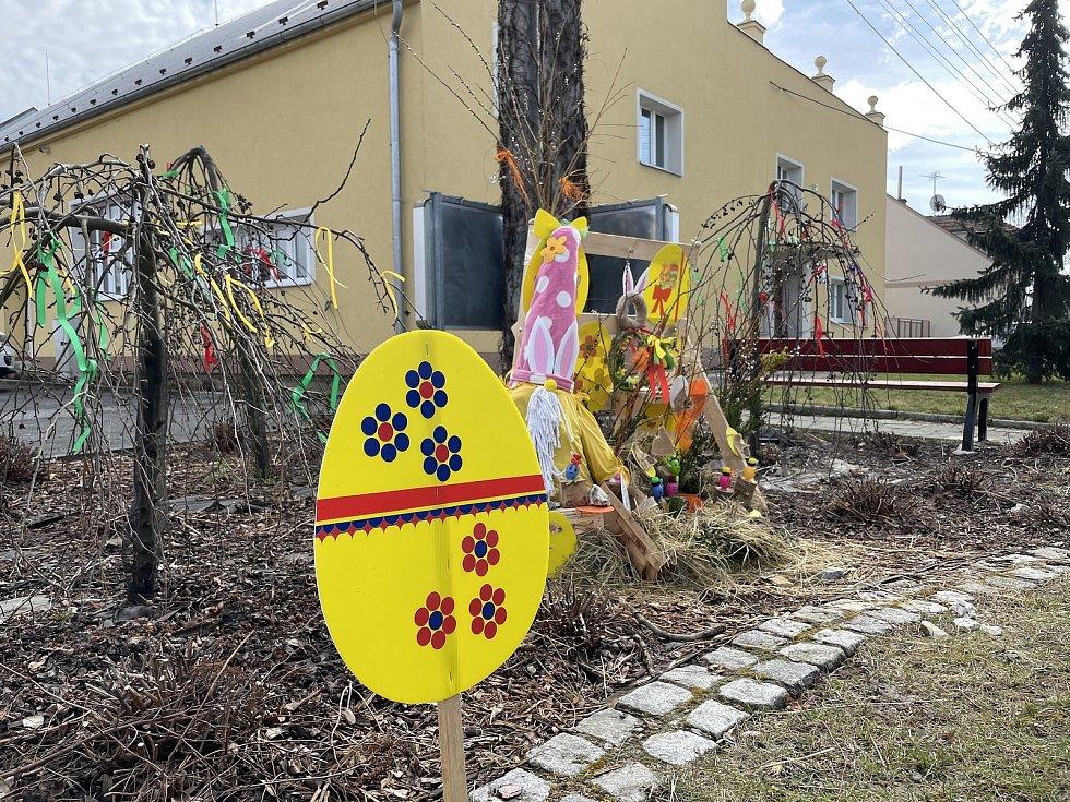 Velikonoční výzdoba ve Štarnově na Olomoucku, 30. března 2021
