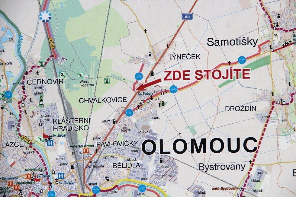 Mapa s již vybudovaným úsekem cyklostezky mezi Týnečkem a parkovištěm u in-line stezky