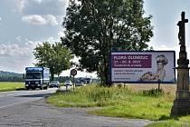 Billboardy na I46 mezi Olomoucí a Šternberkem