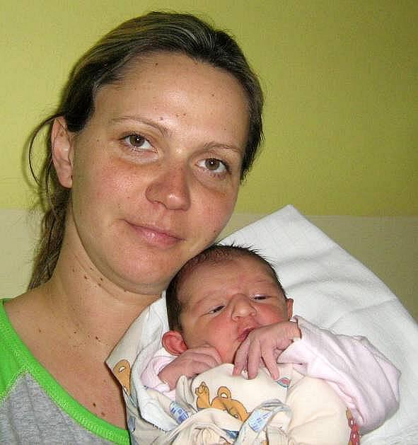 Natalie Příkazská, Hlušovice, narozena 6. února v Olomouci, míra 51 cm, váha 3140 g