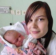 Adéla Pospíšilová, Olomouc-Nemilany, narozena 19. června v Olomouci, míra 50 cm, váha 3280 g